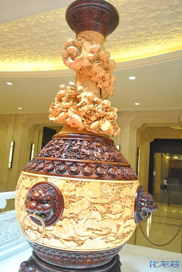 """这可是""""中国木雕艺术的领军人物""""陆光正大师的问鼎之"""