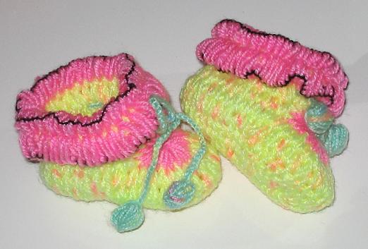 纯手工编织~可爱宝宝鞋