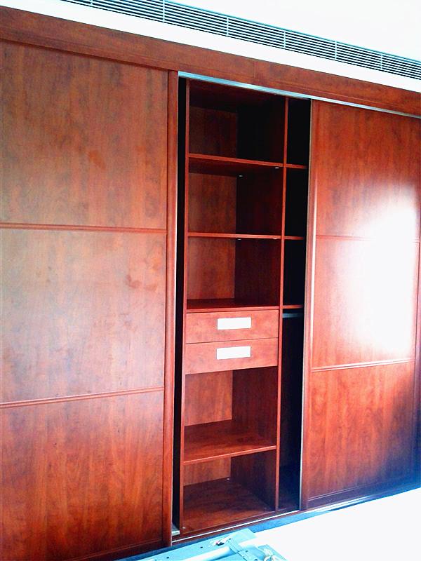 柯拉尼纯德式定制橱柜【案例7】时代上院 耐磨板衣柜隐藏式卫生间图片