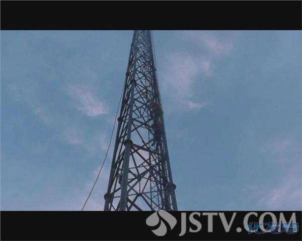 泰州一50米信号塔惊现男尸