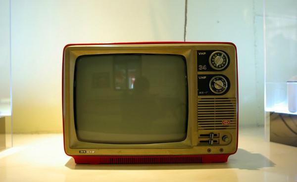 crt电视排行榜_CRT显示器排行榜